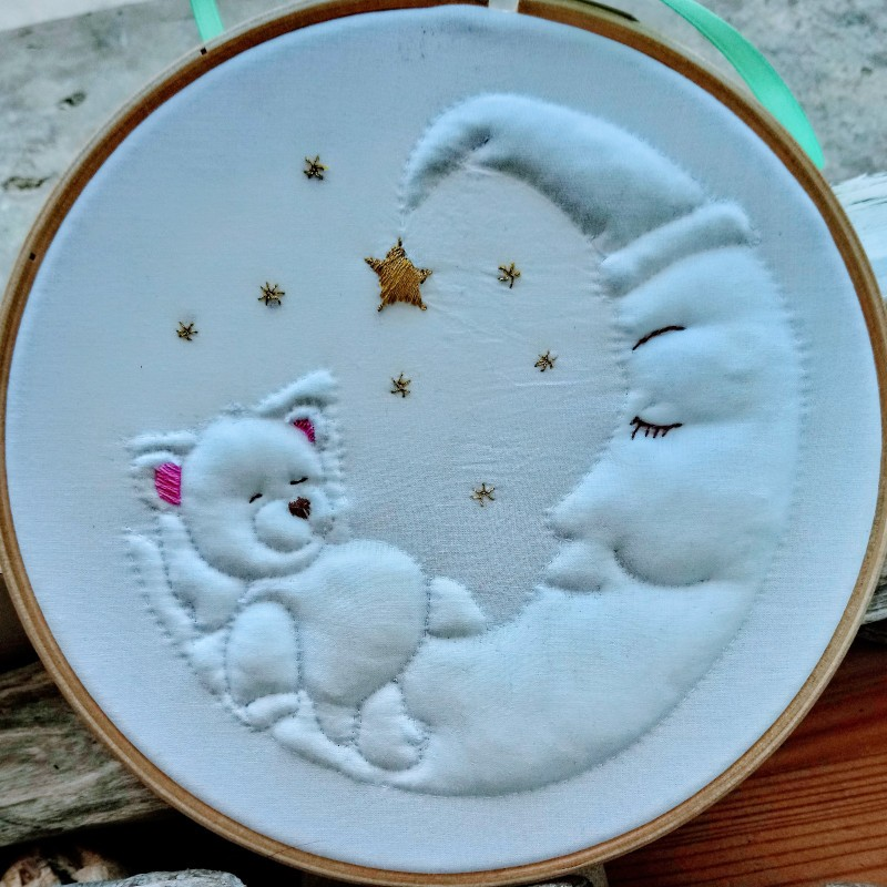 Broderie en Trapunto : L'Ours Lune